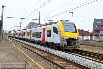 08183 & 08523 pass Aalter, Belgium  02/05/15