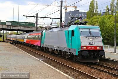 186224 passes Antwerpen Noorderdokken  27/04/15