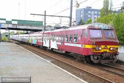 829 arrives into Antwerpen Noorderdokken  27/04/15
