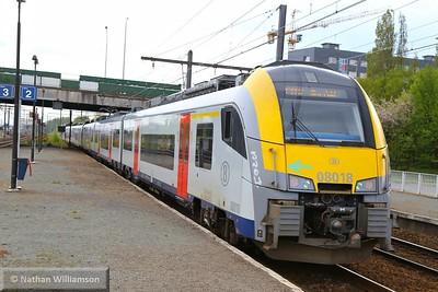 08018 passes Antwerpen Noorderdokken  27/04/15