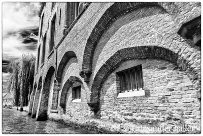 Canal Side arches, Bruges