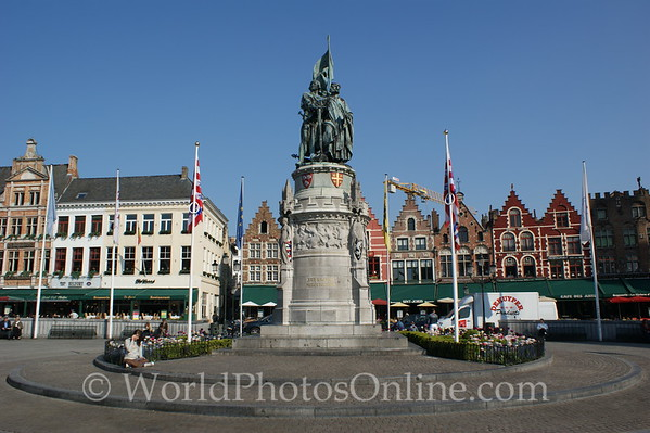 Brugge - Market Square - Statue of Jan Breydel and Pieter de Coninck