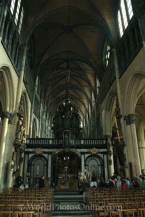 Brugge - Church of Our Lady - Altar and Choir