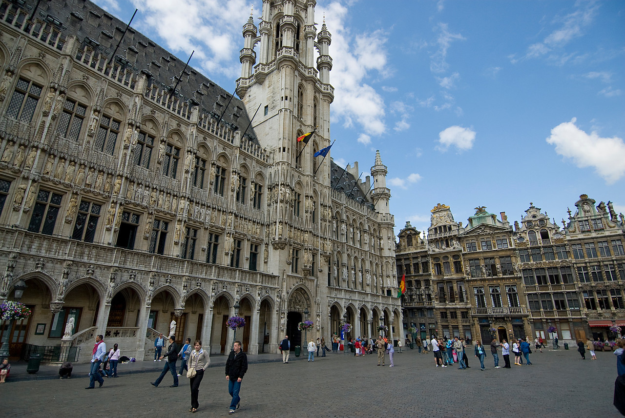 Wide shot of the plaza outside the Brussels Town Hall - Belgium
