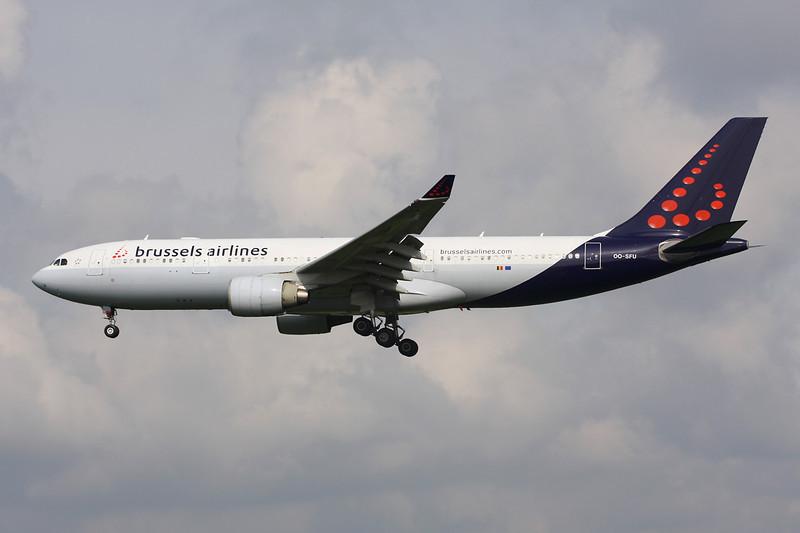 OO-SFU Airbus A330-223 c/n 324 Brussels/EBBR/BRU 25-03-14