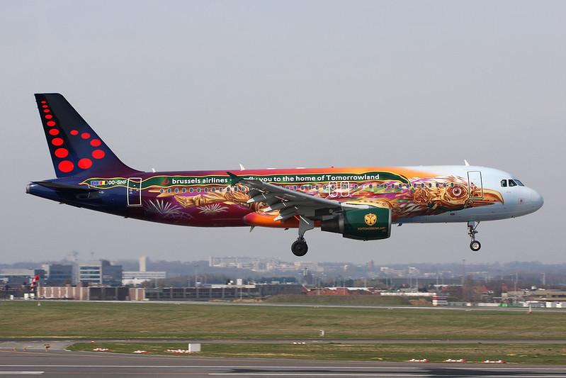 """OO-SNF Airbus A320-214 c/n 2810 Brussels/EBBR/BRU 26-03-17 """"AMARE - Tomorrowland"""""""