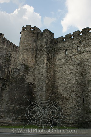 Gent - Gravensteen Castle - Spider web