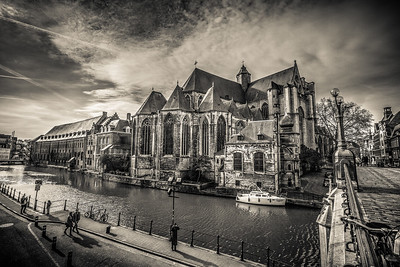 Breathtaking capture of Sint-Michielsplein.