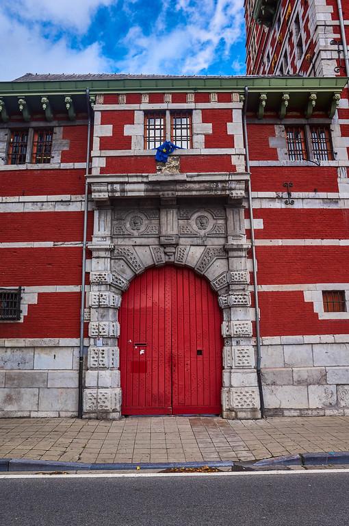 Red door in Liège, Belgium