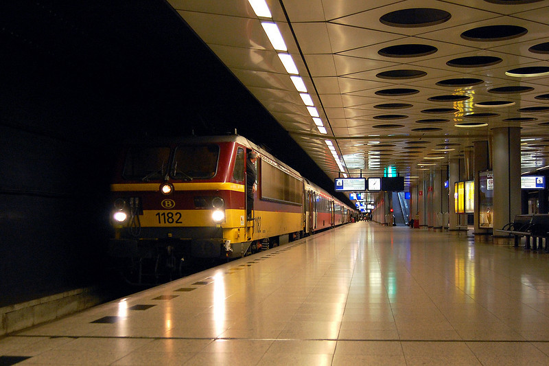 1182 at Schipol.
