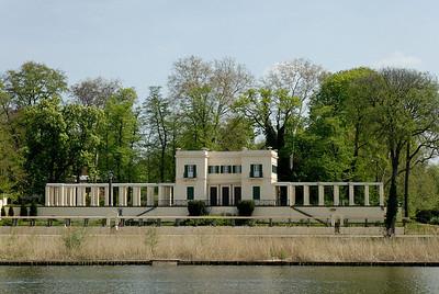 """Schloss Glienicke"""