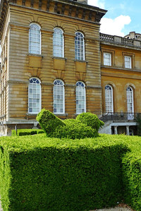 Topiary bird in front of east wing