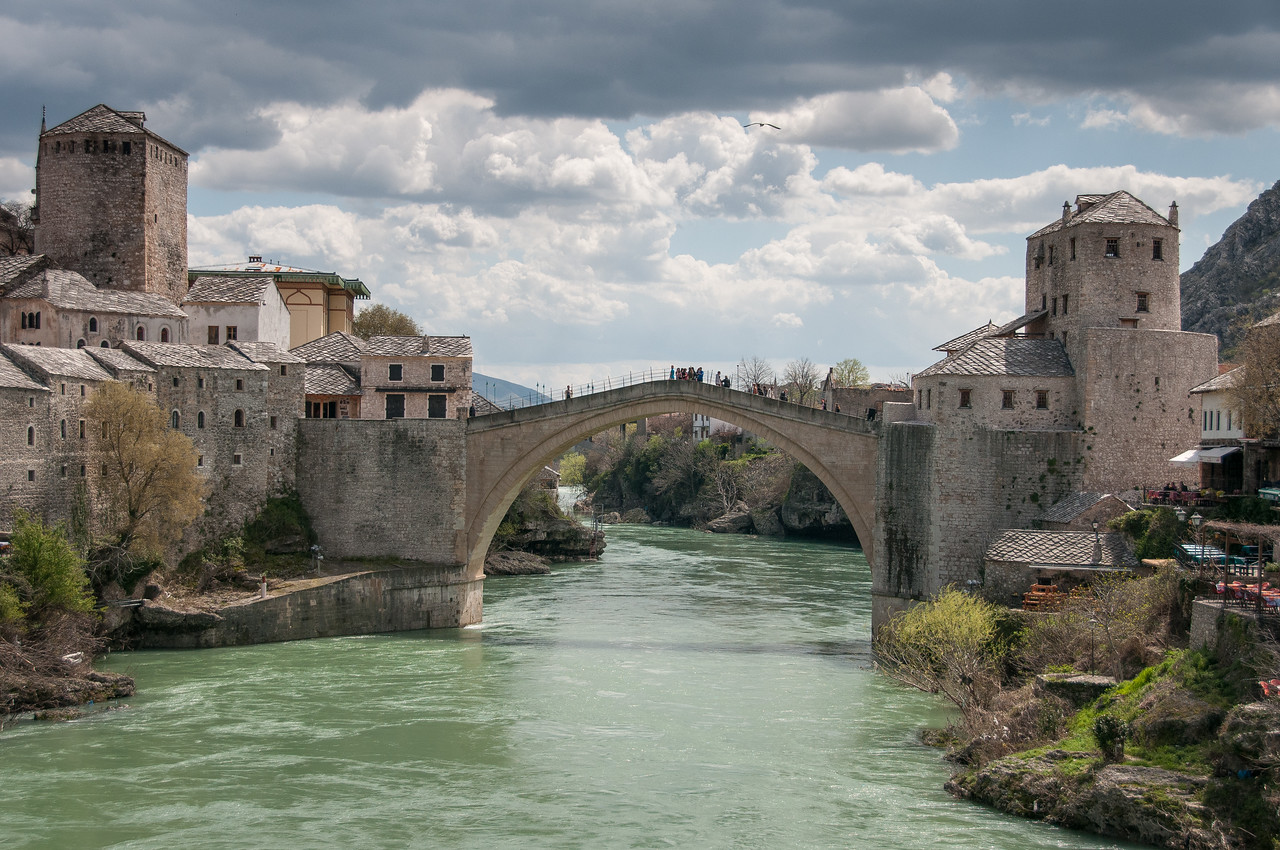 Beautiful view of the stone arch bridge and Neretva river in Mostar, Bosnia and Herzegovina
