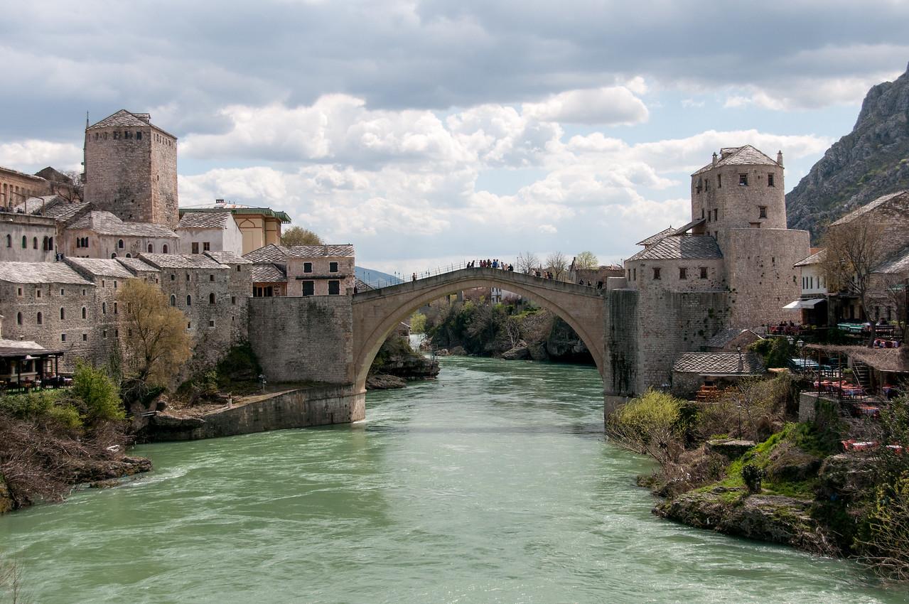 Neretva River underneath the stone arch bridge - Mostar, Bosnia and Herzegovina