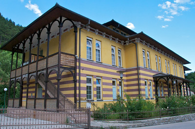 School and library in Travnik.