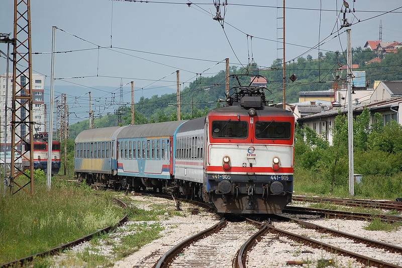 ZFBH 25kV ac electric locomotive 441-905 arrives into Sarajevo on 9th June 2012 with the daily Ploce to Zagreb train.