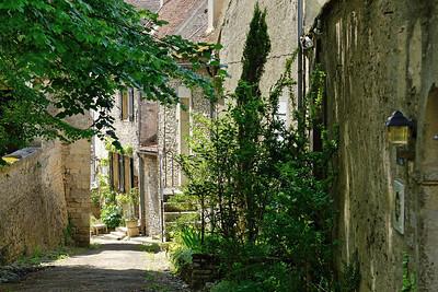 Vezelay - Rue des Escaliers