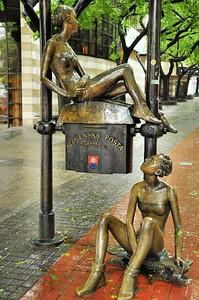 Rue Poštová - Statue 'Slovenská Pošta'