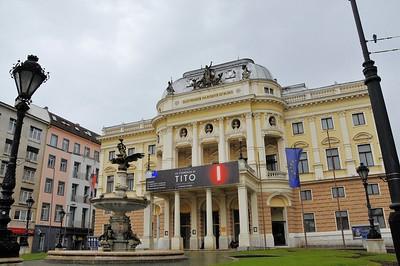Place Hviezdoslavovo - Ancien théâtre national
