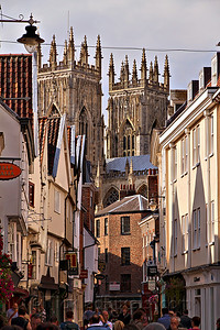 Approaching York Minster from Low Petergate