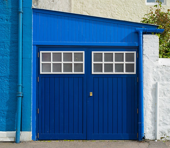blue garage Tobermory