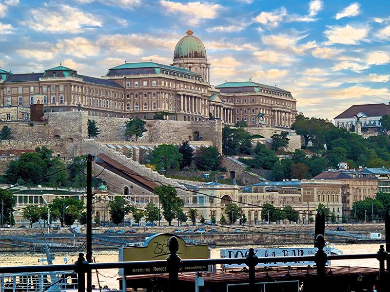 CultureThirst: The Photography of Paulette Hurdlik - Budapest