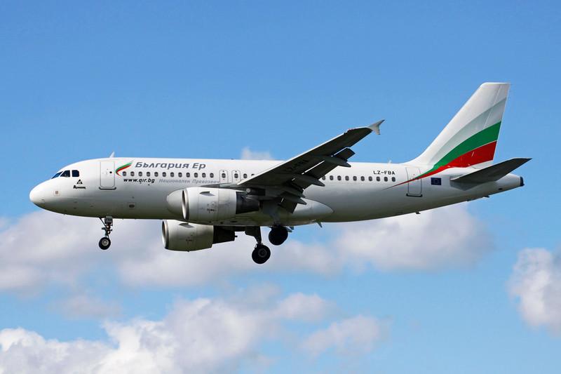 """LZ-FBA Airbus A319-112 """"Bulgaria Air"""" c/n 3564 Heathrow/EGLL/LHR 11-05-12"""
