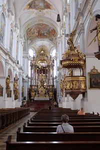 Pulpit and apse, Peterskirche