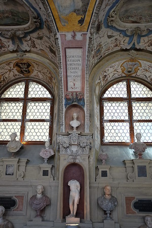 Clemency, Antiquarium, Residenz