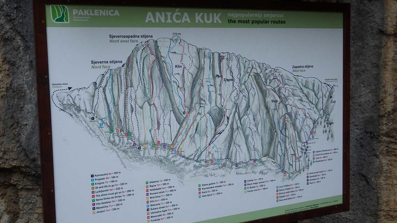 A map of the numerous climbing routes.