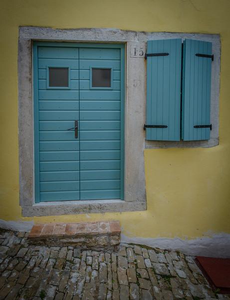 Modern Style Door - Motovun