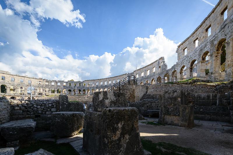 25,000 Capacity Amphitheater