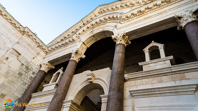 Peristyle details