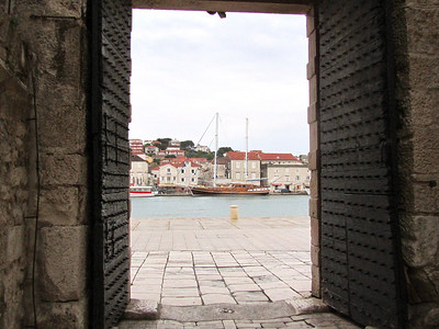city harbor gate