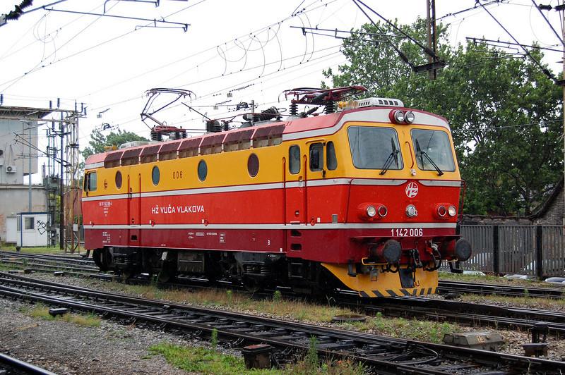Croatian class 1142 006 at Zagreb Glavni Kolod.
