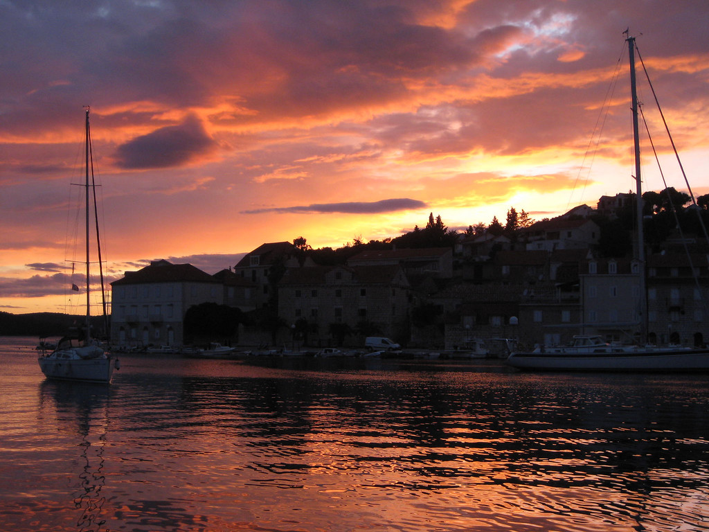 Milna harbor sunset