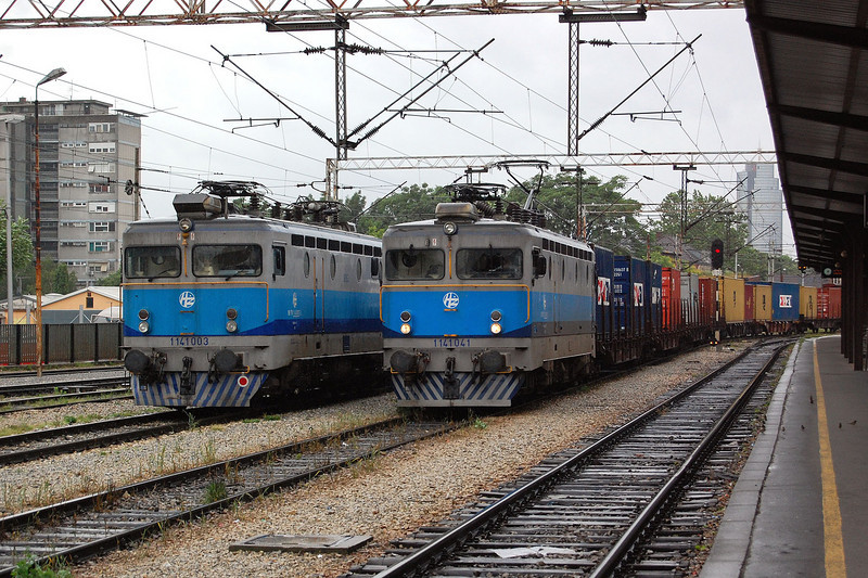 1141003 and 1141041 at Zagreb Glavni Kolod.