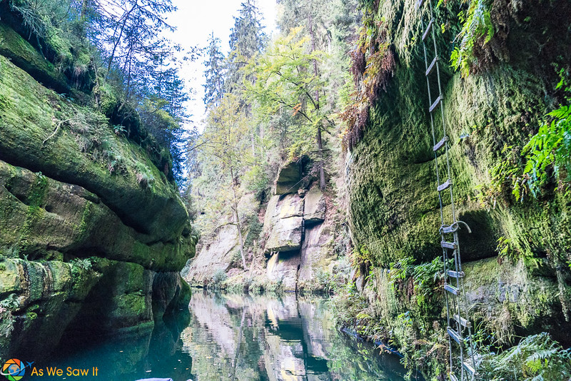 Water view in Edmunds Gorge