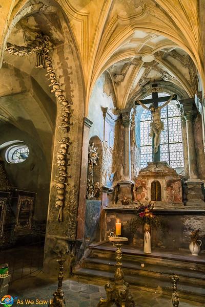 Sedlec Ossuary altar