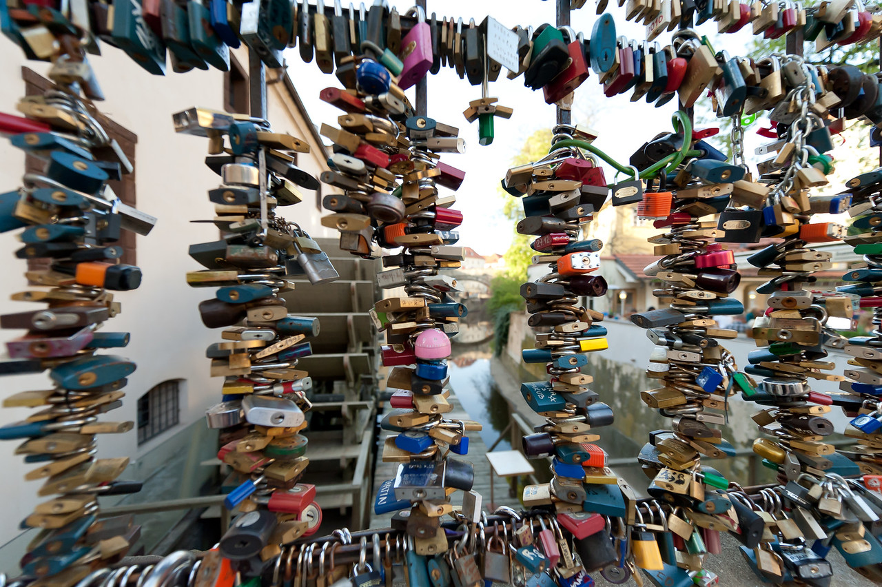 Thousands of love locks in Charles Bridge - Prague, Czech Republic