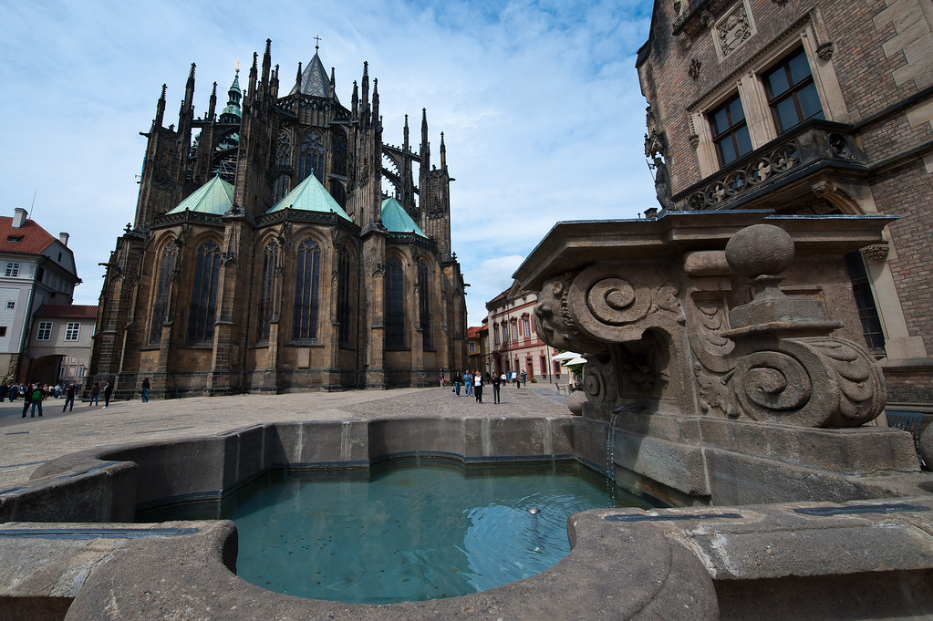 St. Vitus Cathedral - Fountain