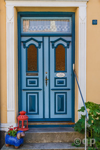 BLUE FANCY DOOR