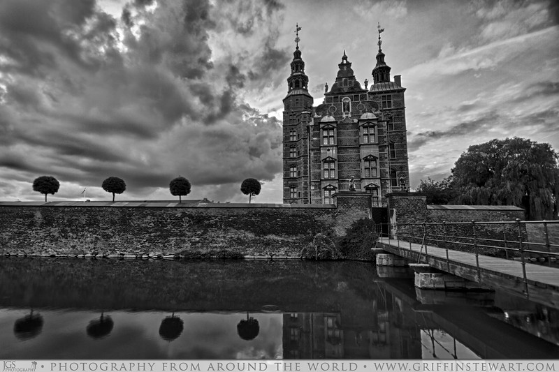 The Palace In Copenhagen B&W