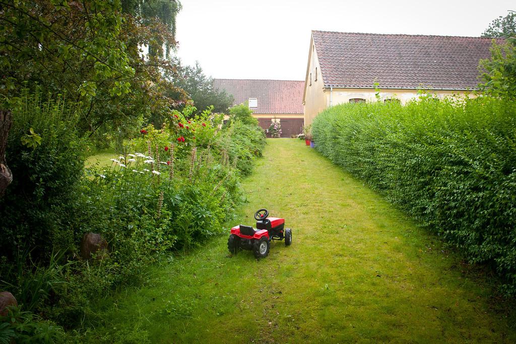 Garden tractor, Aero Island