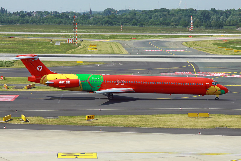 "OY-RUE Douglas MD-83 ""Danish Air Transport"" c/n 49936 Dusseldorf/EDDL/DUS 18-05-18 ""World Cup"""