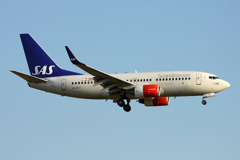 SE-REY Boeing 737-76N c/n 32737 Brussels/EBBR/BRU 28-08-16