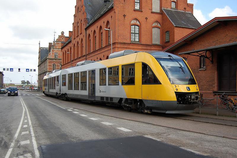 A HHGb Lint DMU at Helsingor. 15th September 2007.