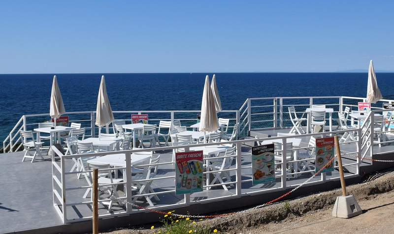 The beachside cafe at Capo Bianco