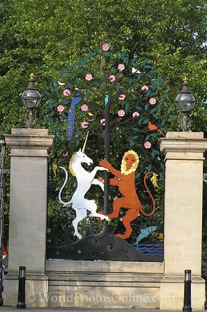 London - Hyde Park - Queen Elizbeth Gate