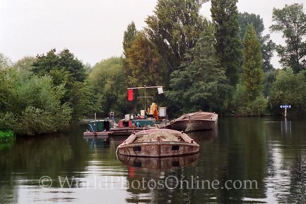 Windsor - Boating down Thames River 3